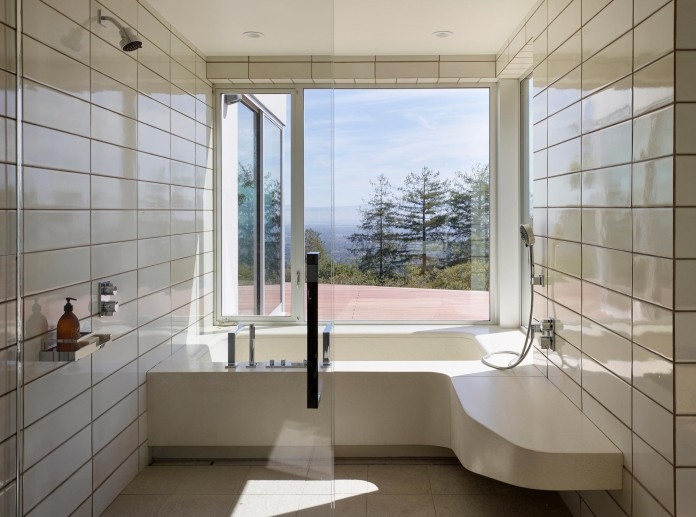 Show-Sugi-Ban-House-in-Los-Gatos-by-Schwartz-and-Architecture-18