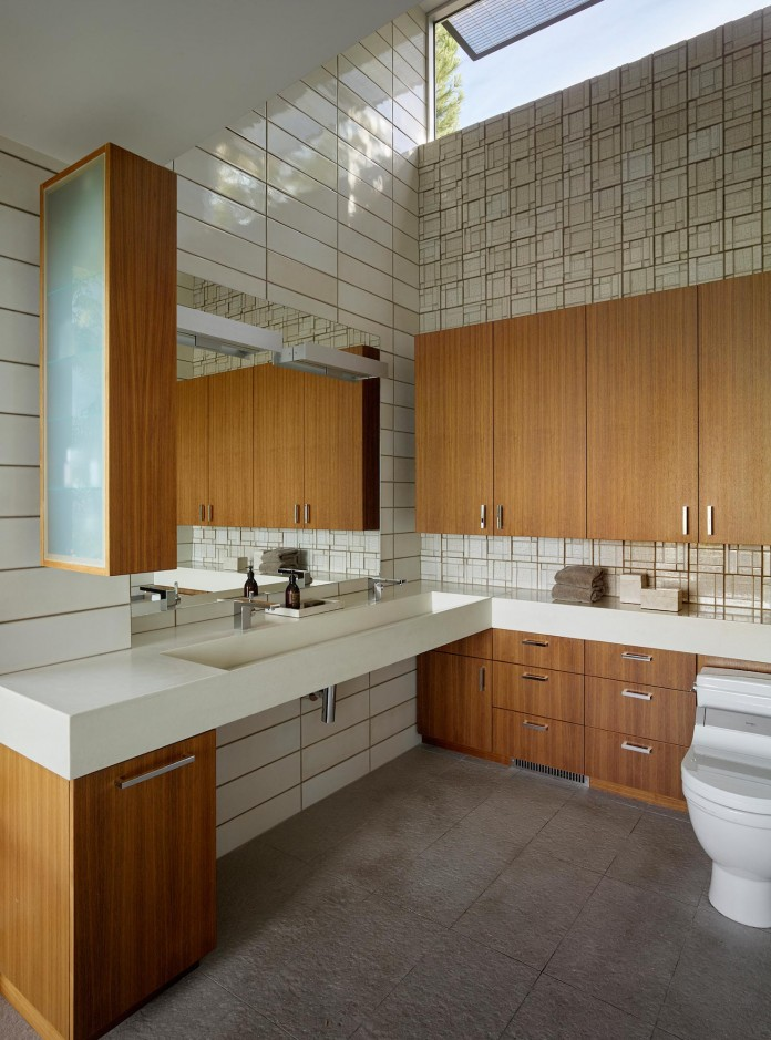 Show-Sugi-Ban-House-in-Los-Gatos-by-Schwartz-and-Architecture-21
