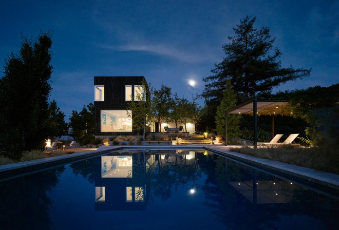 Show-Sugi-Ban-House-in-Los-Gatos-by-Schwartz-and-Architecture-25