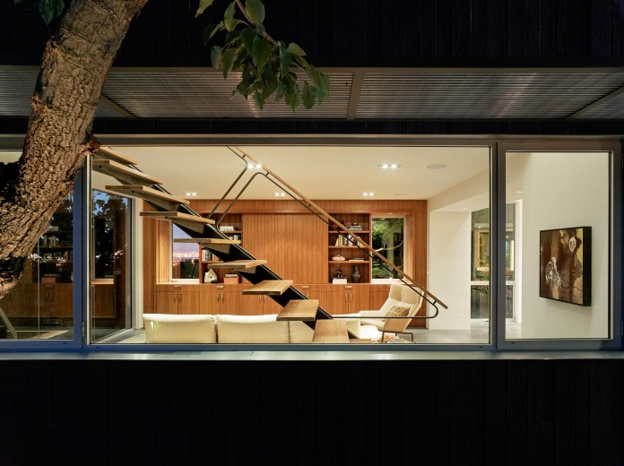 Show-Sugi-Ban-House-in-Los-Gatos-by-Schwartz-and-Architecture-26
