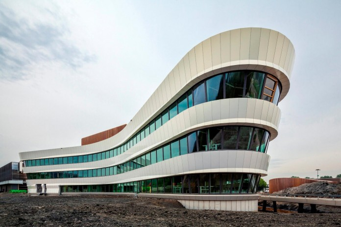 Tetra-Office-Building-for-the-Research-Institute-Deltares-by-Jeanne-Dekkers-Architectuur-02