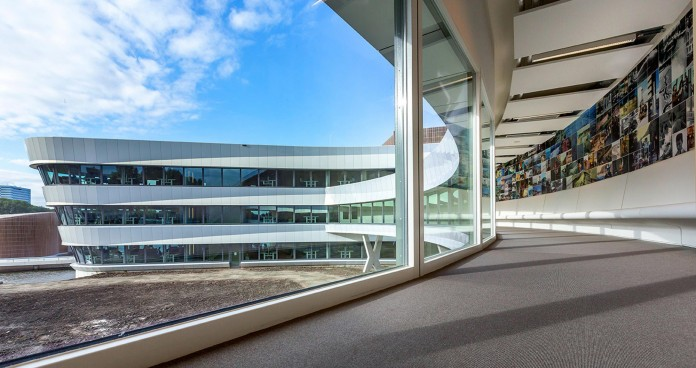Tetra-Office-Building-for-the-Research-Institute-Deltares-by-Jeanne-Dekkers-Architectuur-03