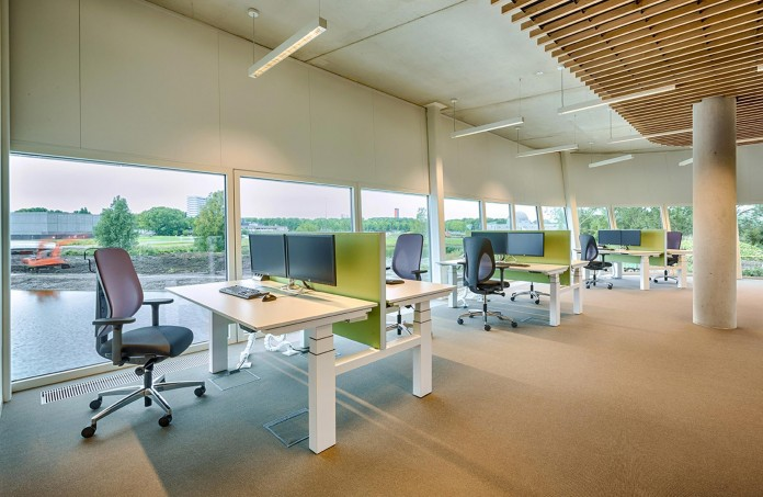Tetra-Office-Building-for-the-Research-Institute-Deltares-by-Jeanne-Dekkers-Architectuur-11
