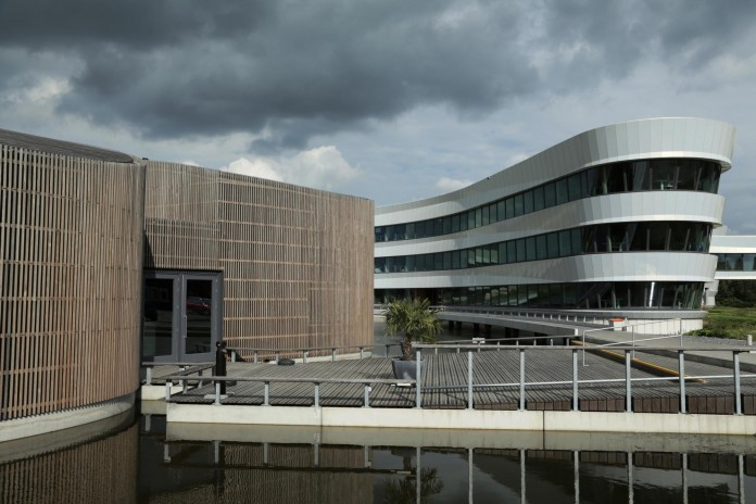 Tetra-Office-Building-for-the-Research-Institute-Deltares-by-Jeanne-Dekkers-Architectuur-18