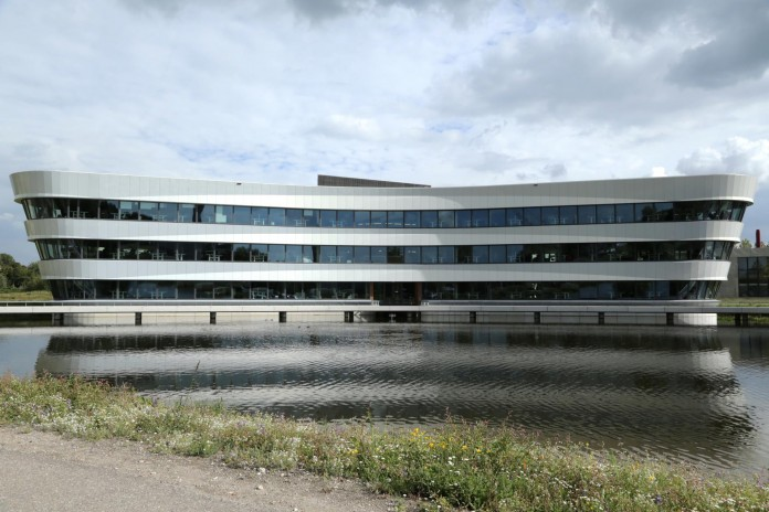 Tetra-Office-Building-for-the-Research-Institute-Deltares-by-Jeanne-Dekkers-Architectuur-19