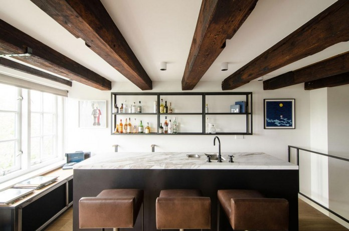 The-Bloemgracht-Loft-by-Standard-Studio-03
