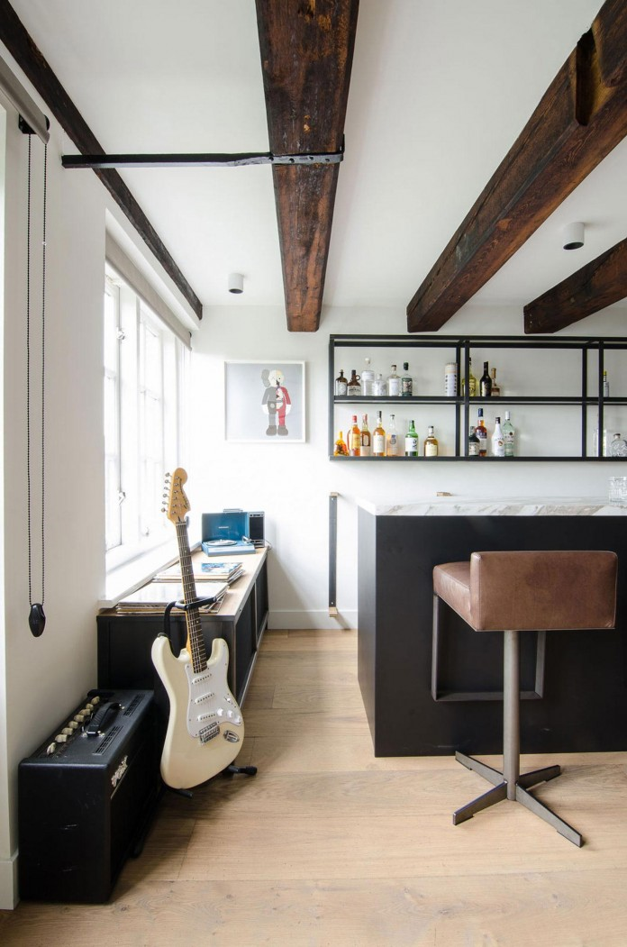 The-Bloemgracht-Loft-by-Standard-Studio-04
