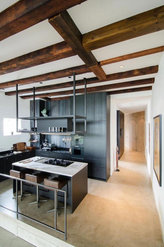 The-Bloemgracht-Loft-by-Standard-Studio-06
