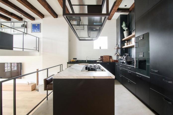 The-Bloemgracht-Loft-by-Standard-Studio-07