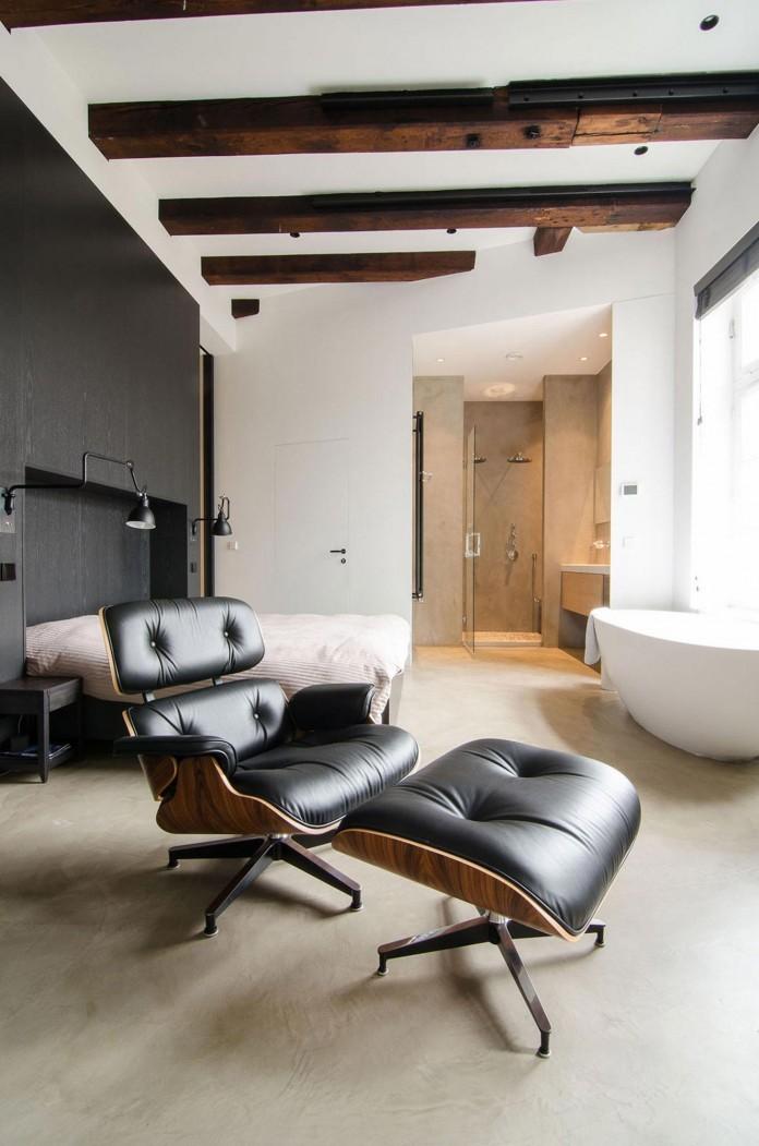 The-Bloemgracht-Loft-by-Standard-Studio-10