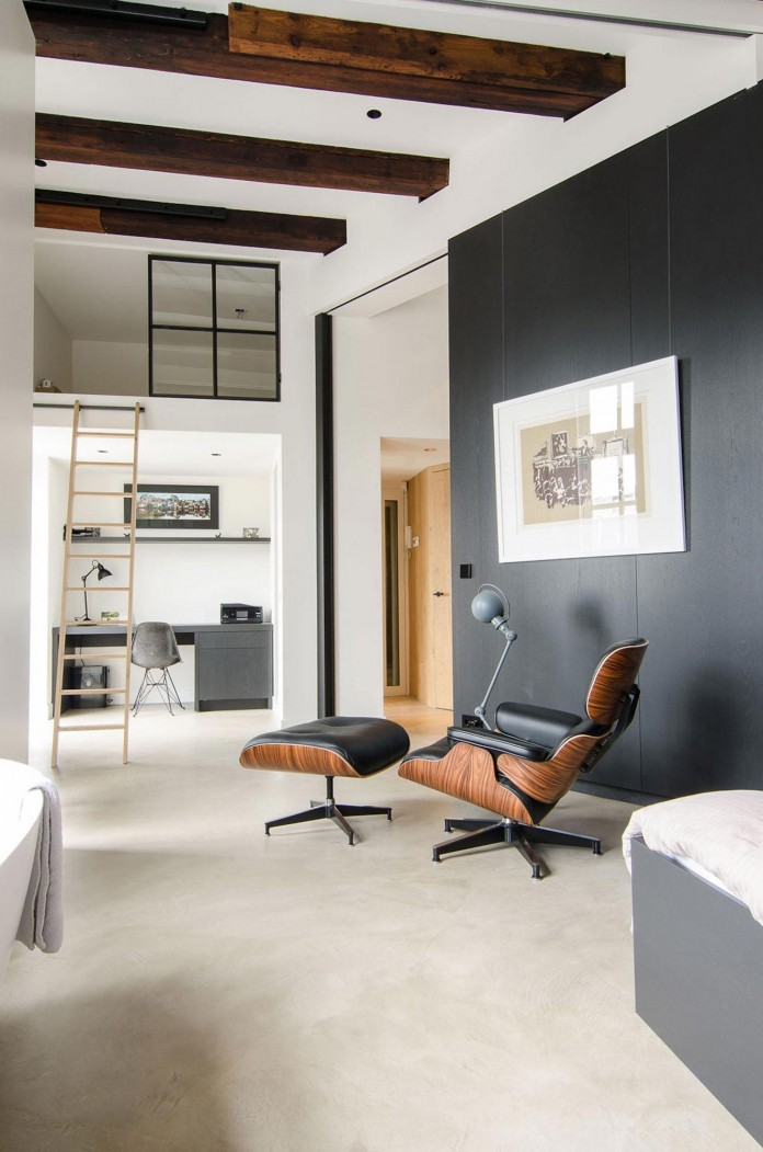 The-Bloemgracht-Loft-by-Standard-Studio-11