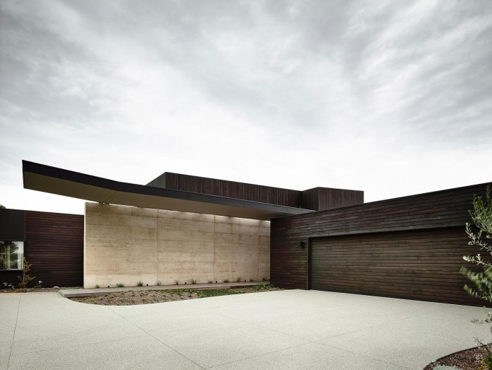 Tranquility-Beach-House-by-Wolveridge-Architects-04