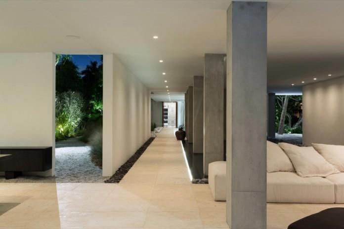 Tropical-Bahia-Villa-Retreat-in-the-Heart-of-Miami-by-Alejandro-Landes-09