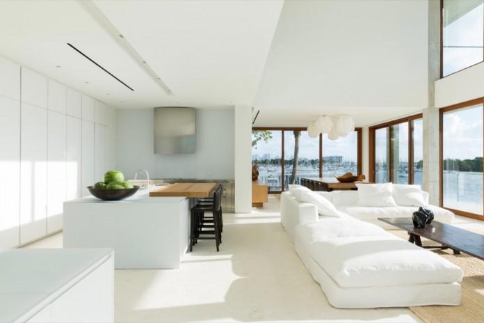 Tropical-Bahia-Villa-Retreat-in-the-Heart-of-Miami-by-Alejandro-Landes-13