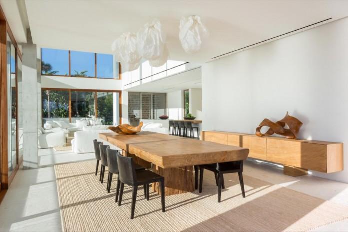 Tropical-Bahia-Villa-Retreat-in-the-Heart-of-Miami-by-Alejandro-Landes-15