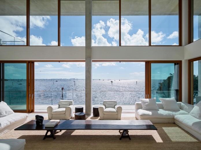 Tropical-Bahia-Villa-Retreat-in-the-Heart-of-Miami-by-Alejandro-Landes-16