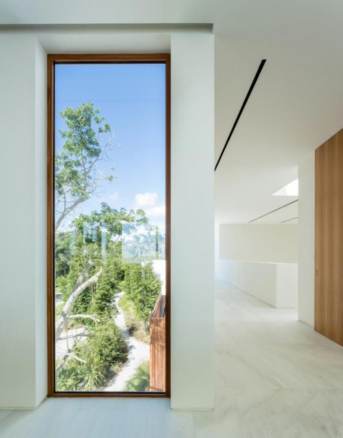 Tropical-Bahia-Villa-Retreat-in-the-Heart-of-Miami-by-Alejandro-Landes-18