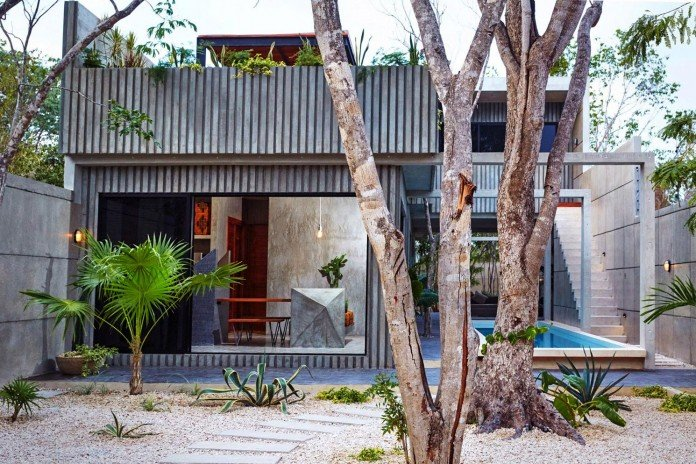 Tropical-Caribbean-T-House-by-Studio-Arquitectos-02