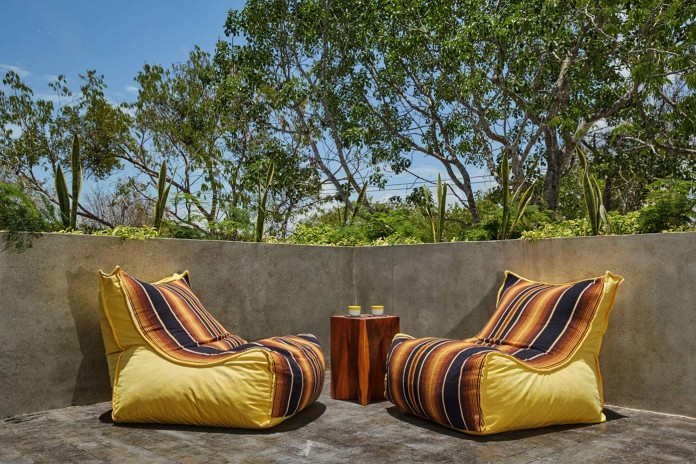 Tropical-Caribbean-T-House-by-Studio-Arquitectos-08