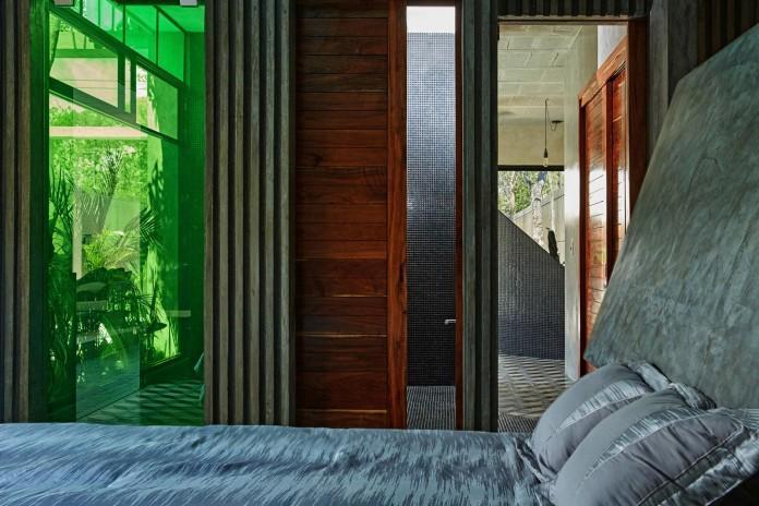 Tropical-Caribbean-T-House-by-Studio-Arquitectos-20