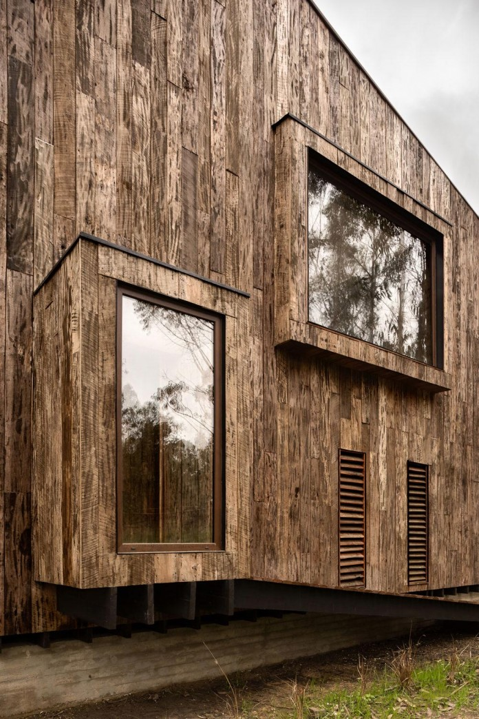 Tunquen-Wooden-Weekend-Home-by-DX-Arquitectos-07