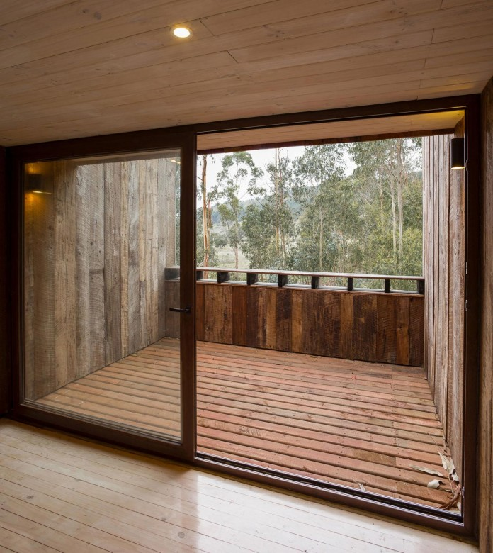 Tunquen-Wooden-Weekend-Home-by-DX-Arquitectos-08