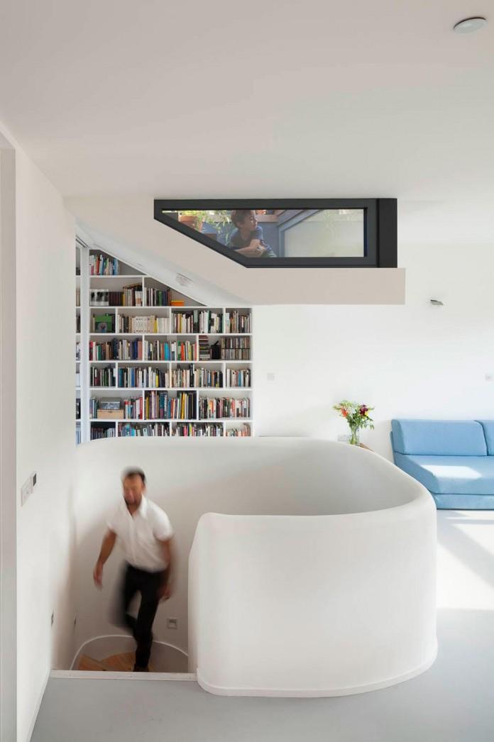 bright-interior-design-of-gransden-avenue-residence-in-london-designed-by-scenario-architecture-08