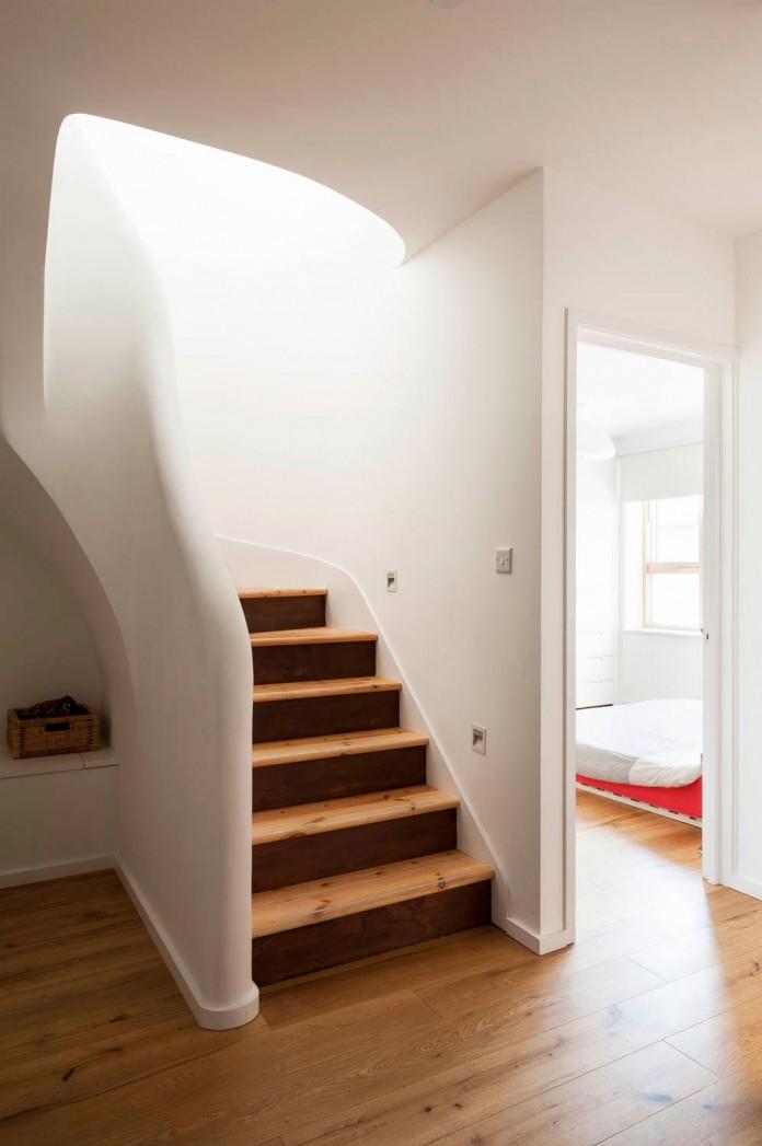 bright-interior-design-of-gransden-avenue-residence-in-london-designed-by-scenario-architecture-10