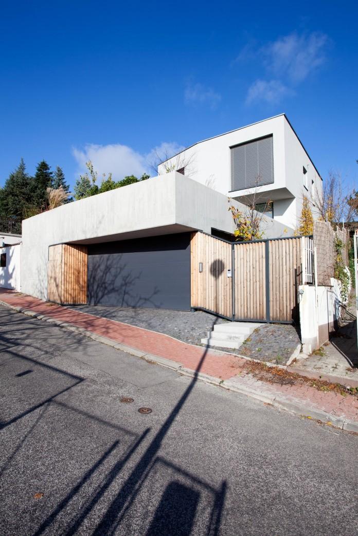 double-view-house-by-architekti-sebo-lichy-03
