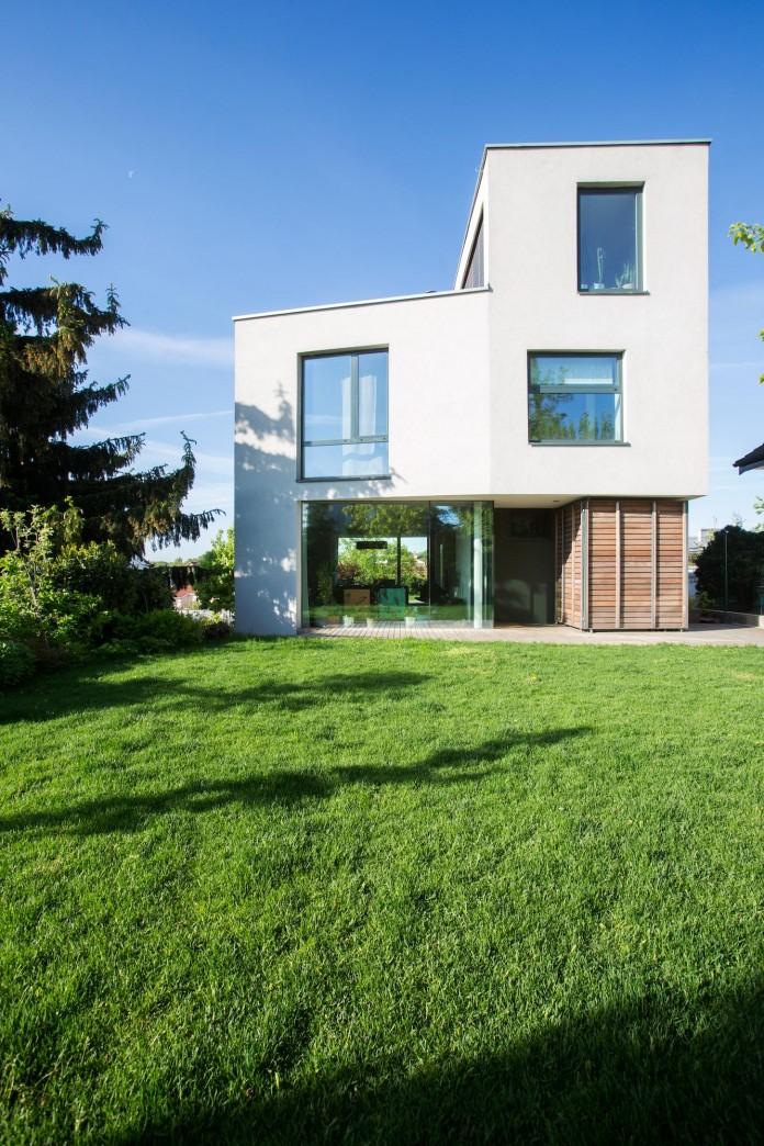 double-view-house-by-architekti-sebo-lichy-04