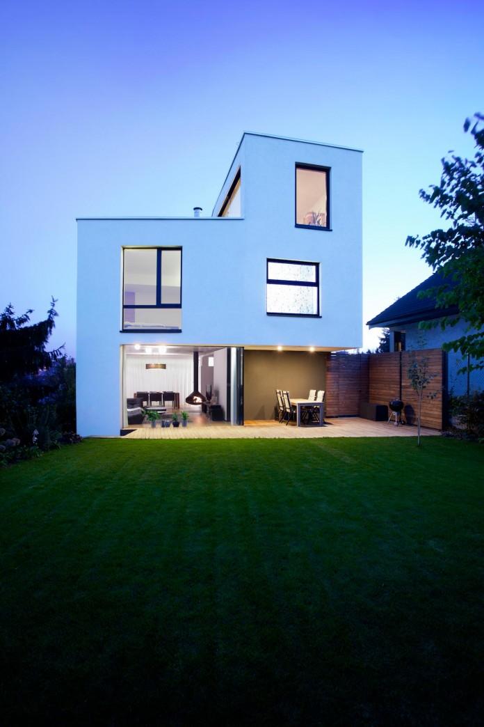 double-view-house-by-architekti-sebo-lichy-06