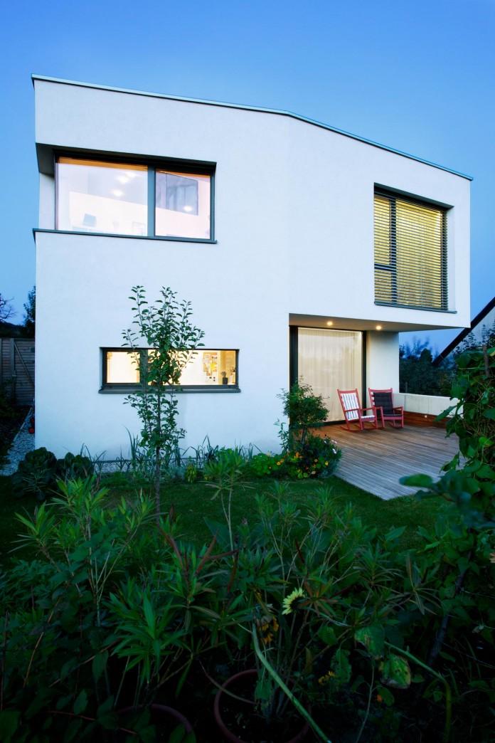 double-view-house-by-architekti-sebo-lichy-07