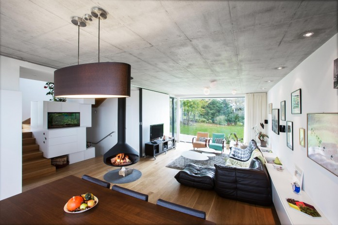 double-view-house-by-architekti-sebo-lichy-08
