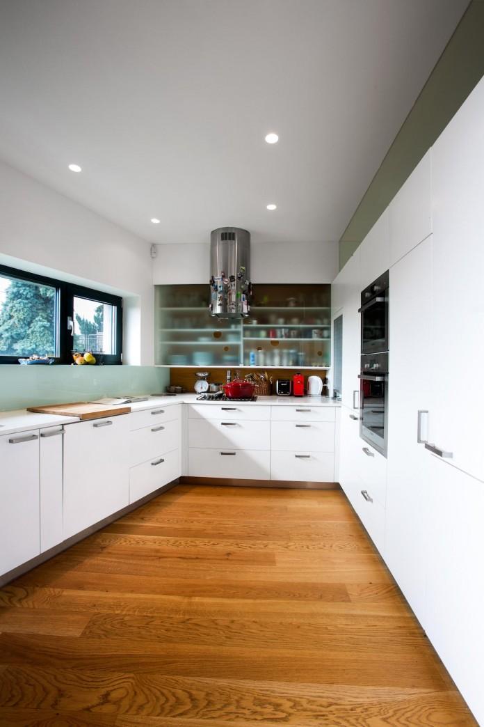 double-view-house-by-architekti-sebo-lichy-14