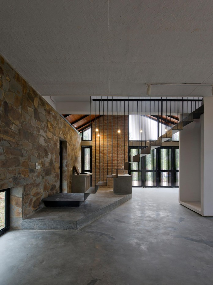 folded-roof-house-by-toob-studio-03