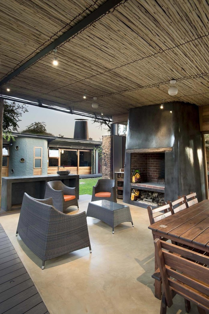 house-mouton-in-a-bushveld-estate-in-leeuwfontein-south-africa-by-earthworld-architects-10