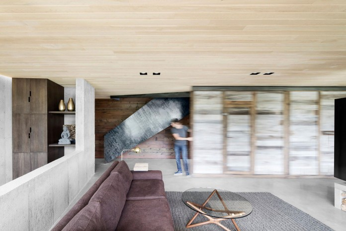 into-the-woods-la-heronniere-residence-in-wentworth-by-alain-carle-architecte-11