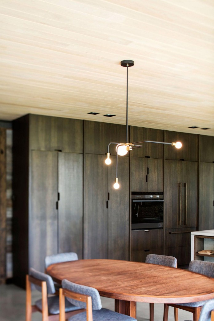into-the-woods-la-heronniere-residence-in-wentworth-by-alain-carle-architecte-15