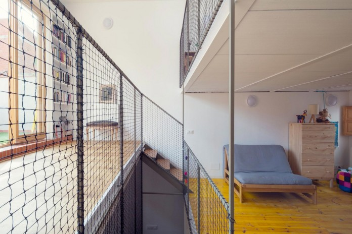 junos-children-playhouse-in-barcelona-by-nook-architects-12