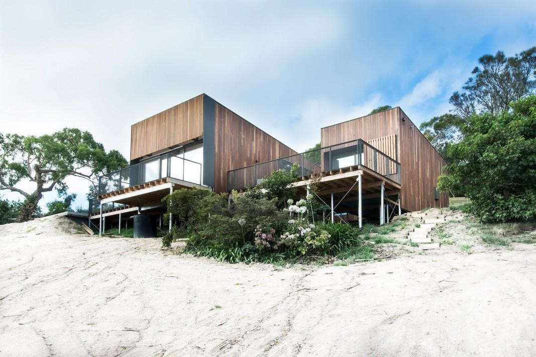 Martha Residence, a four bedroom beach-side family retreat by Ola Studio