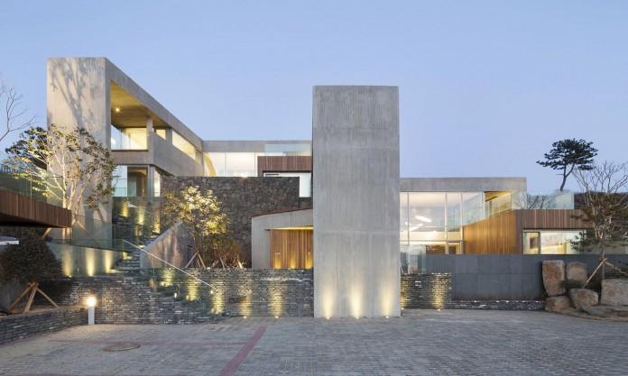 modern-jeju-bayhill-pool-villa-by-leau-design-kim-dong-jin-05