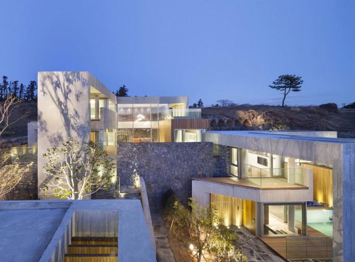 modern-jeju-bayhill-pool-villa-by-leau-design-kim-dong-jin-06