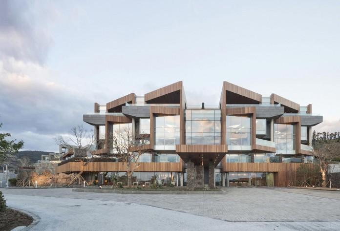 modern-jeju-bayhill-pool-villa-by-leau-design-kim-dong-jin-13