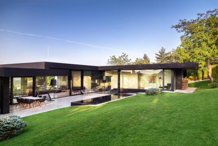 modern-pagoda-house-in-the-outskirts-of-sofia-by-io-architects-15