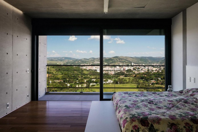 obra-arquitetos-designed-the-jj-hill-house-with-spectacular-views-over-amparo-sao-paulo-11