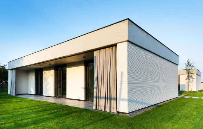 one-story-modern-home-in-olomouc-slavonin-by-jvarchitekt-kamkabnet-04