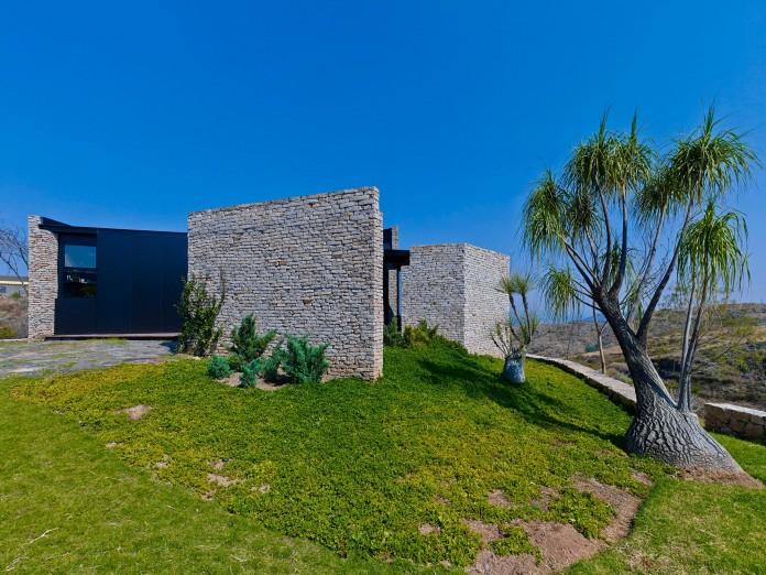 rio-blanco-pavilion-by-estudio-carme-pinos-02