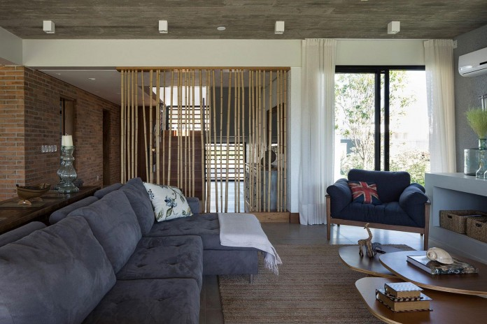 seferin-arquitetura-designed-c26-home-for-a-young-family-with-two-children-in-xangri-la-brazil-17
