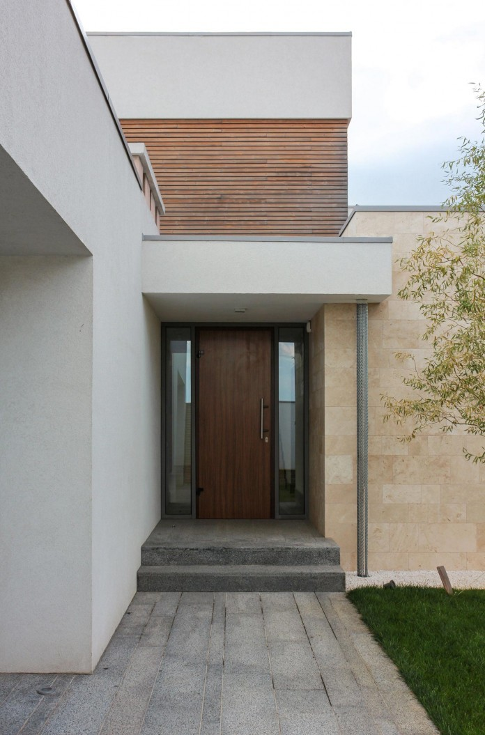 the-house-on-a-hill-near-kiev-by-kupinskiy-partners-33