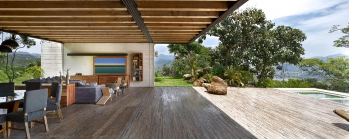 tucan-house-sits-on-top-of-a-hill-of-valle-de-bravo-designed-by-taller-hector-barroso-11